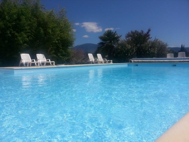 57b33c5e24d47-pool--Mont-Ventoux-xl