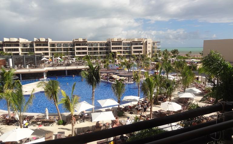 769 x 474 Cancun_royalton