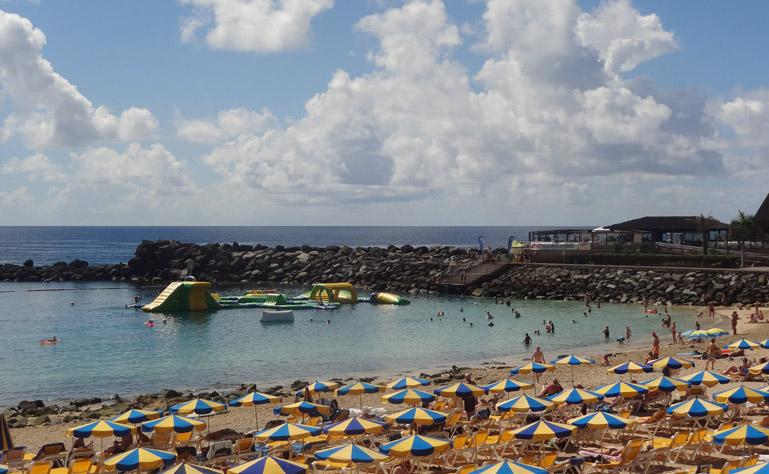 769 x 474 Playa Amadores