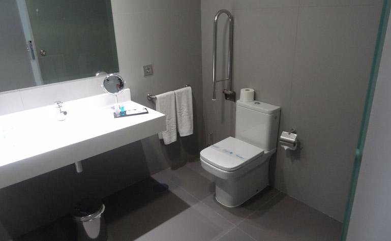 769 x 474 badkamer toeg kamer caserio