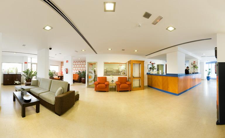 769 x 474 lobby-hotel-caserio