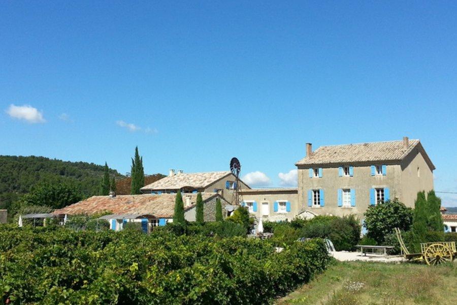 Domaine-du-Crestet-4-luxe-vakantiehuizen-aan-de-voet-van-de-Mont-Ventoux