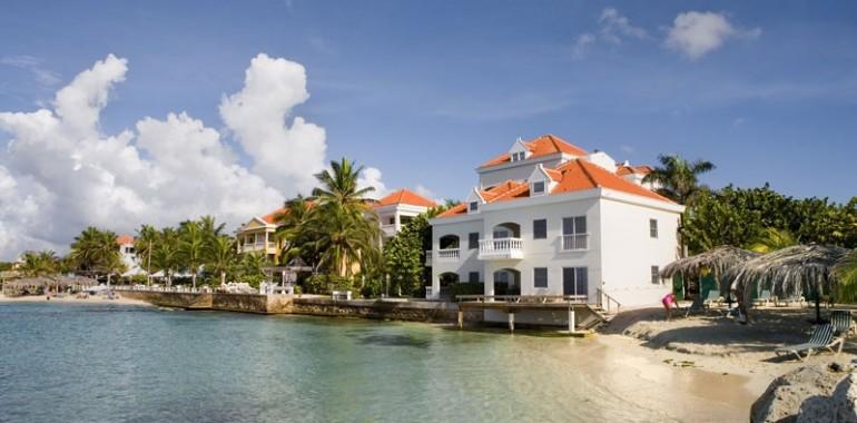 La Belle Alliance-suites-exterior-Avila Hotel