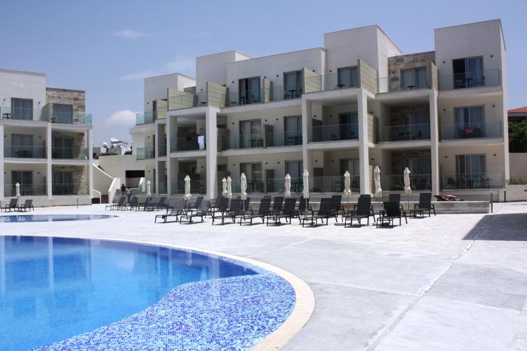 Pool_Area_2