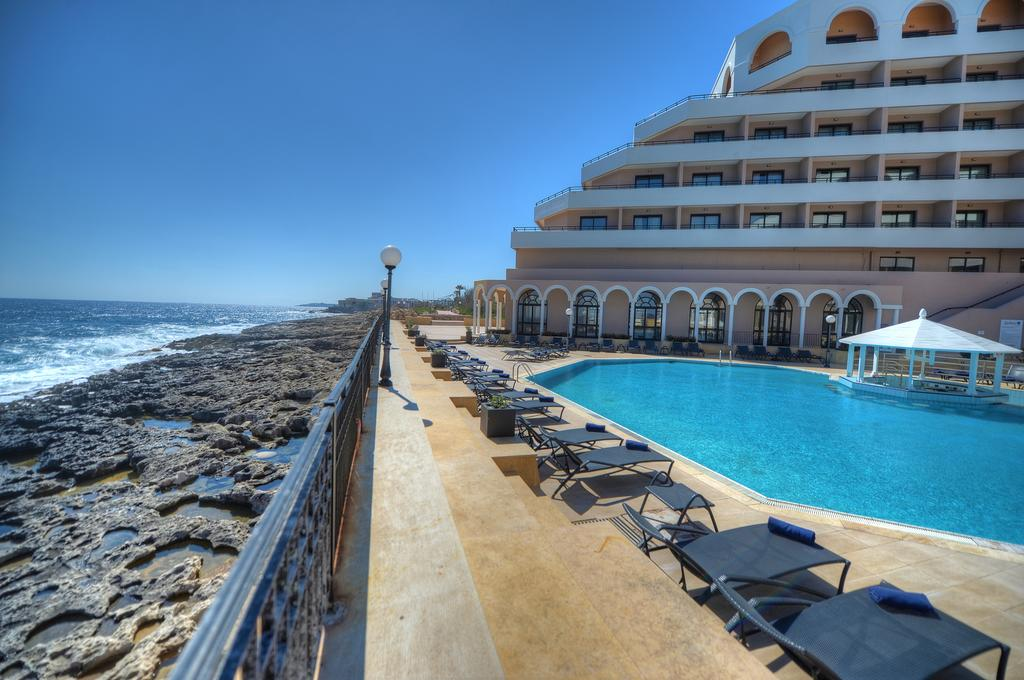 Radisson Blu Resort Malta1