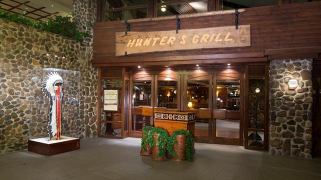 n018457_2050jan01_sequoia-lodge-hunters-grill_16-9_tcm816-159445-640x360