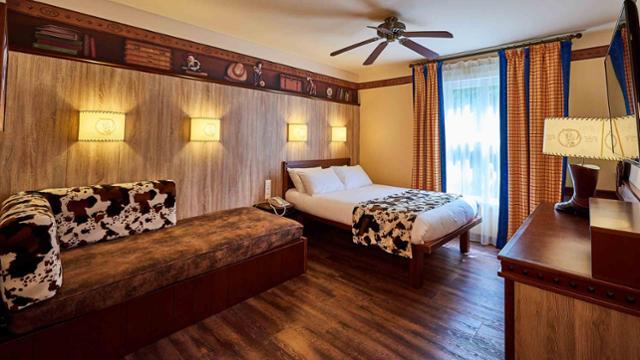 n024332_2023jul30_disneys-hotel-cheyenne_16-9_tcm816-161748-640x360